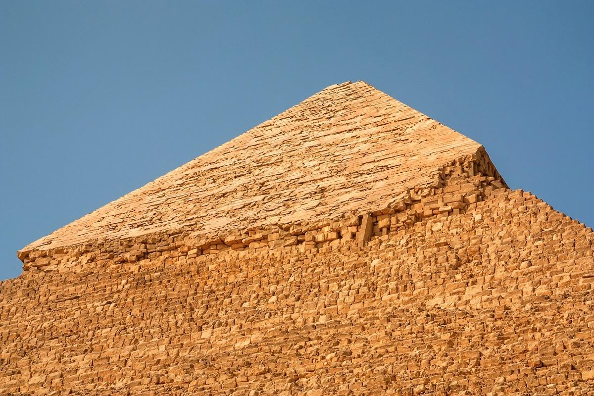 pyramid-of-khafre-in-giza-egypt