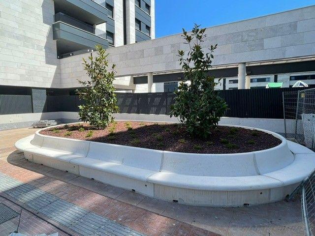 1633689157_banco_jardinera_hormigonlogro_o