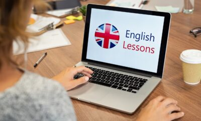 woman-learning-english-online
